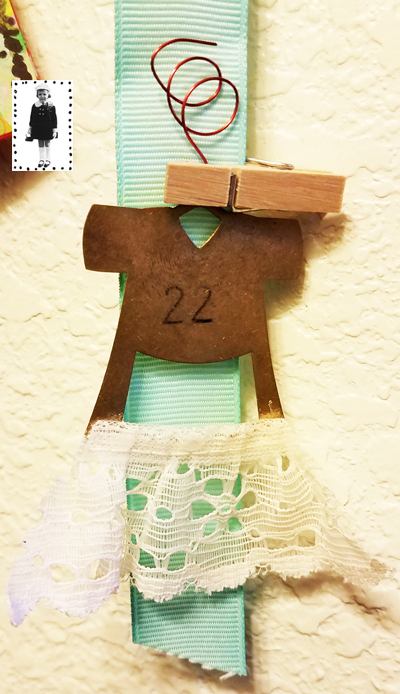 stenciled-advent-calendar-closeup-5--stencilgirl.jpg